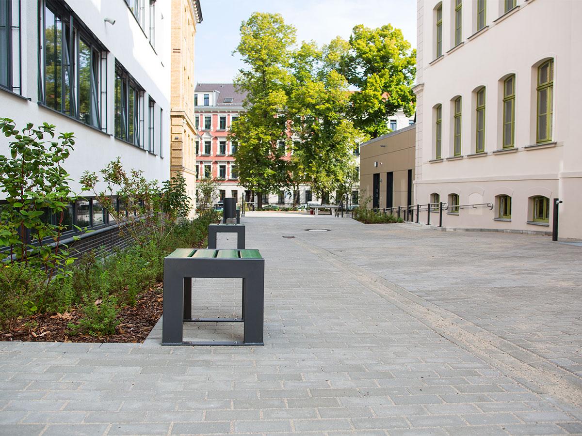 Schule am Weißeplatz 01
